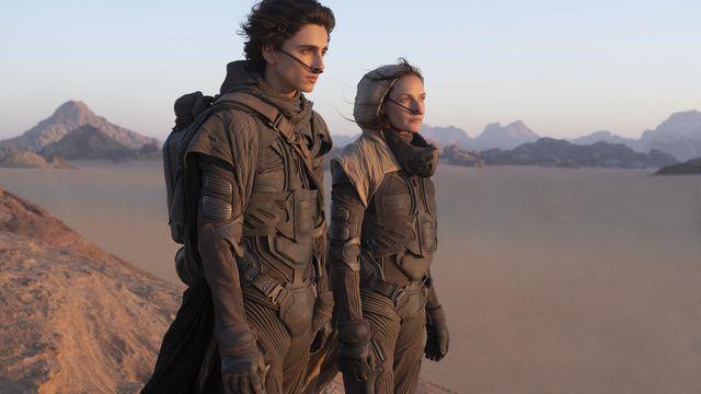 TIMOTHÉE CHALAMET as Paul Atreides and REBECCA FERGUSON as Lady Jessica Atreides in Dune movie